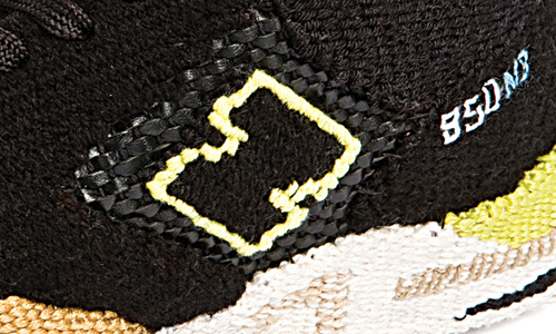 New Balance 850 Black Tan Running Tapestry Detail Sneakers
