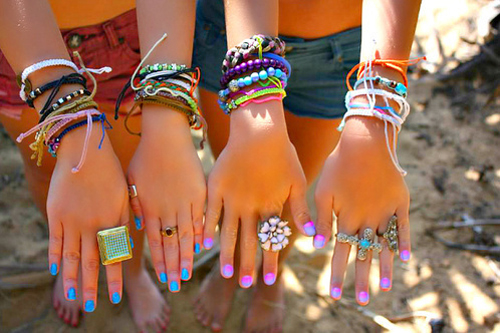 Style-Save-Us-Wild-Hands