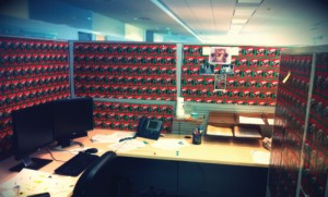 Style Up Your Cubicle (12 Photos)