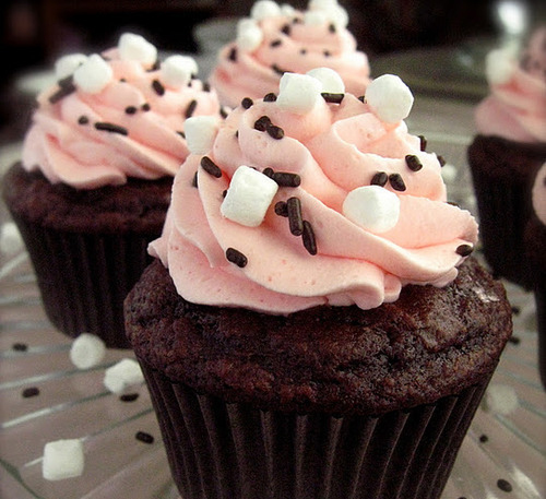 style-save-us-pink-frosting