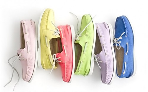 style-save-us-boat-shoes